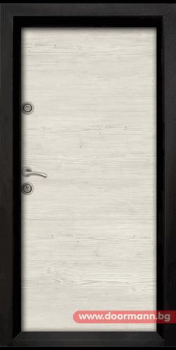 Блиндирана входна врата 402
